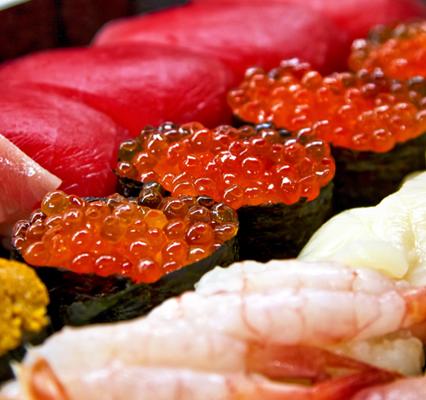 寿司詰め合わせイクラ正面